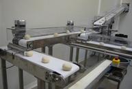 Line transport fresh dough